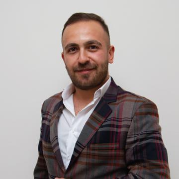 Sales & Marketing Specialist